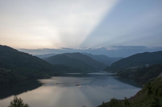 lacul-acumulare-siriu